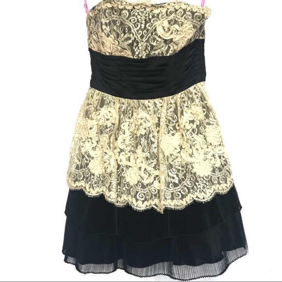 Betsey Johnson Black Cream Lace Party Dress Size 6 | Poshmark
